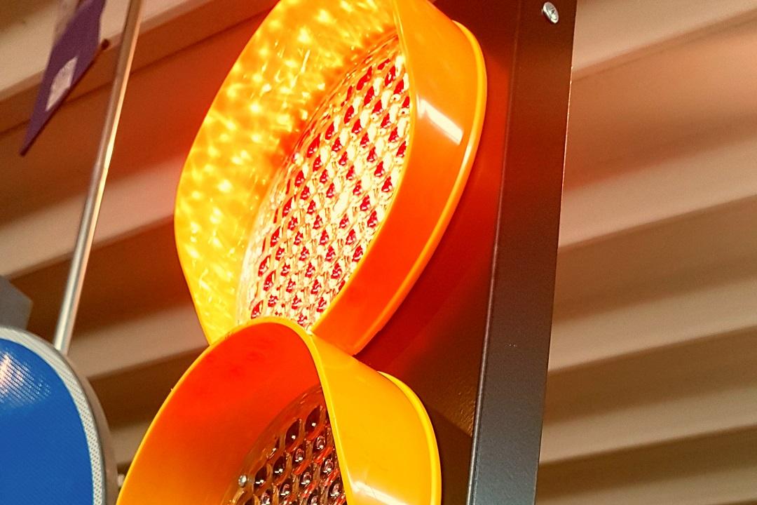 rcd-semaforo-mobile-led-richiudibile